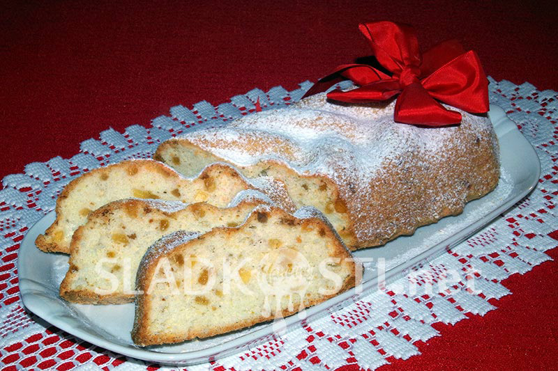 Bílkový chlebíček kokosový s ananasem