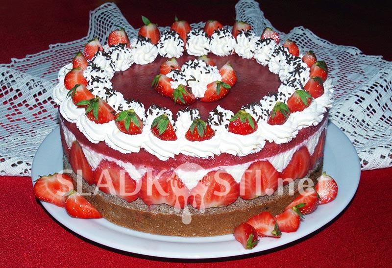 Kakaový dort s Mascarpone a jahodovým želé