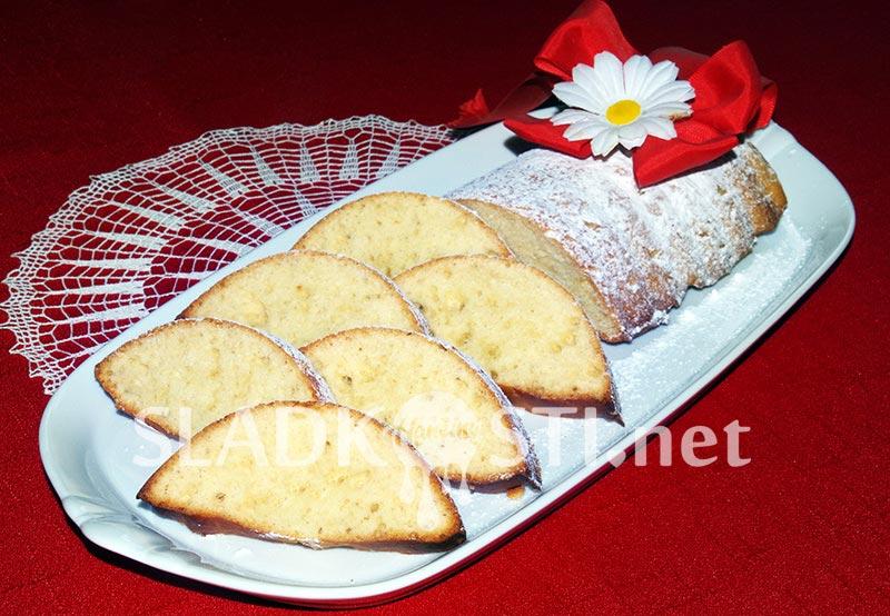 Kynutý olejový chlebíček se Salkem
