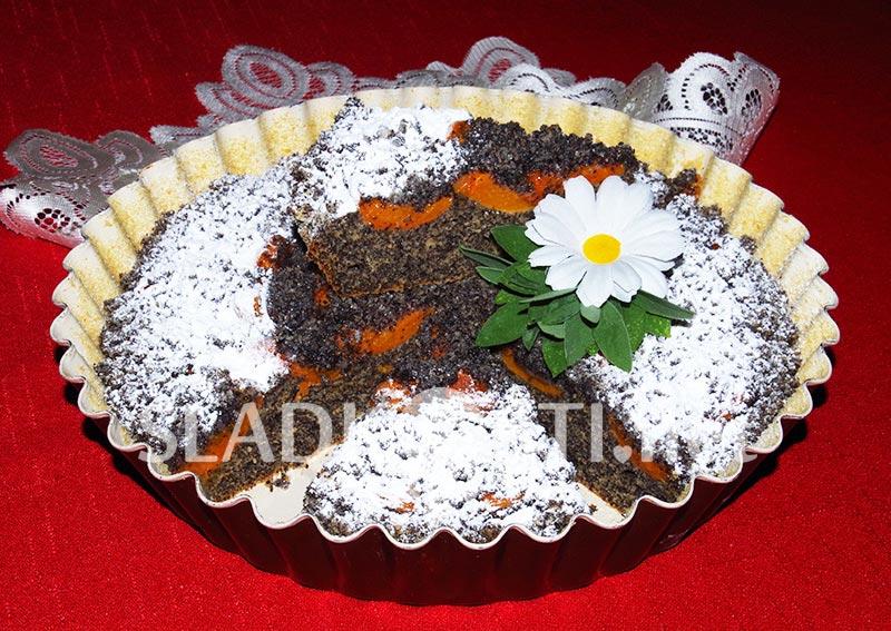 Makový koláč s meruňkami a drobenkou
