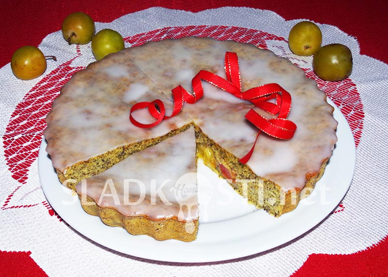 Makový koláč s rynglemi a citrónovou polevou