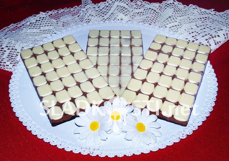 Trio čokoláda s kokosem a mandlemi